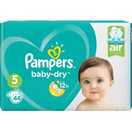 Pampers couches baby dry...